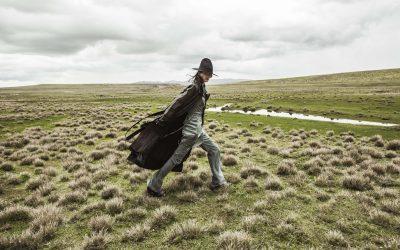 Holy Mountains : A Journey Through Peru